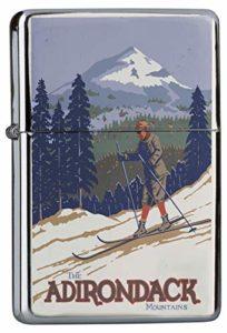 LEotiE SINCE 2004 Briquet Chromé Essence Tour du Monde Les skieurs dans Les Montagnes de l'Adirondack Rarement Imprimé