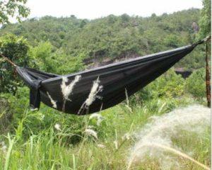 Lingxi Camping Double Simple Portable léger hamac léger Parachute Portable Hamacs randonées à Pied, Plage Camping hamac (Color : Noir)